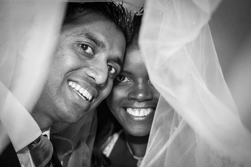 black-and-white-wedding-copule