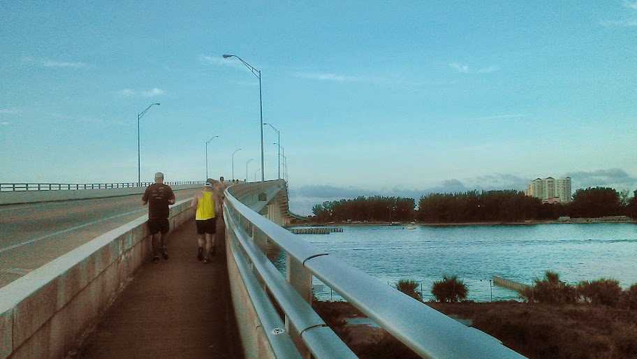 IMAG1474 RANdom Thoughts about a Bridge Run, Some Squats, Speedwork and a Coeur Sports Review