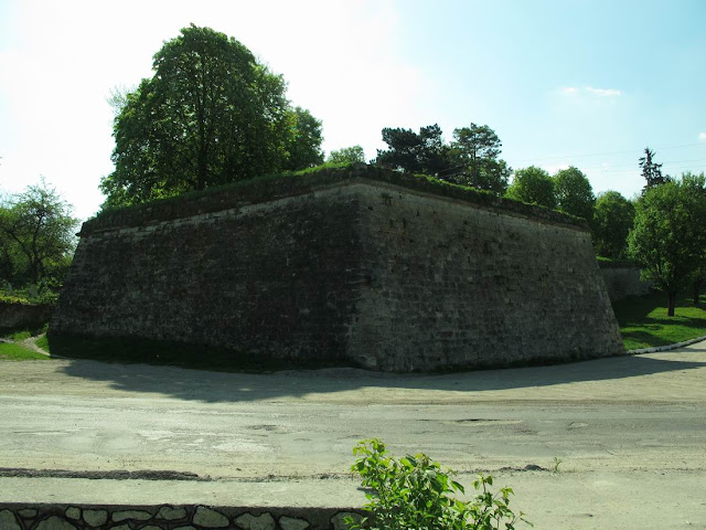 Замок садо мазо смотреть фото 786-384