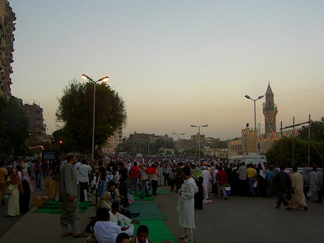 صور رمضان فى القاهرة بين الحسين ومسجد عمر  (( خاص لأمواج )) PICT2715