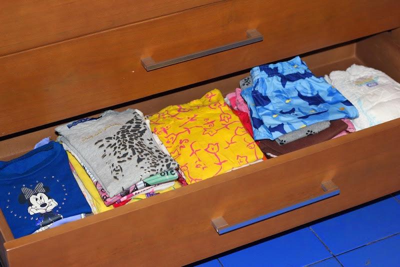 Mengorganisir Baju Anak