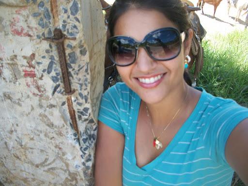 Debora Duarte Photo 15