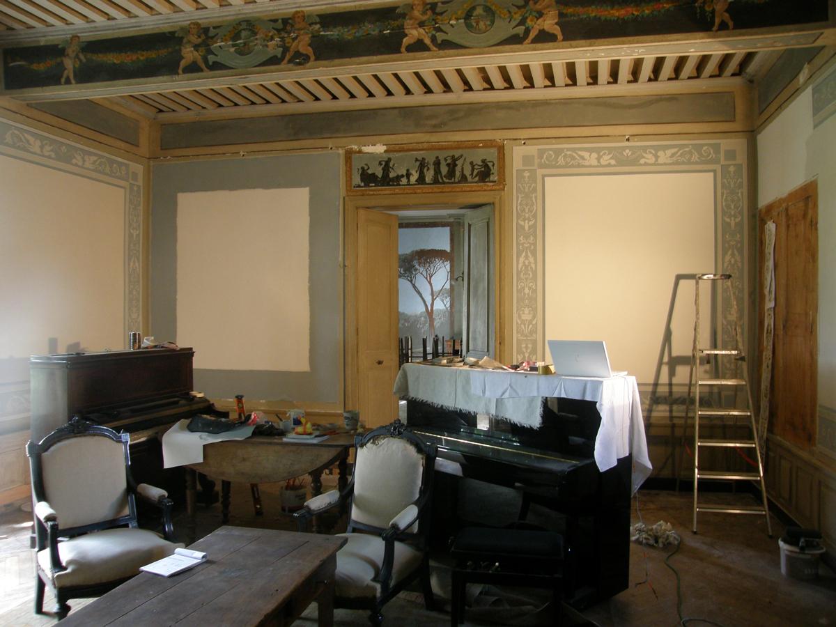 Demeures peintes: before/after . le salon bleu
