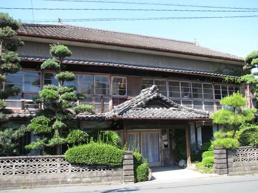二本木遊郭のシンボルだった『日本閣』
