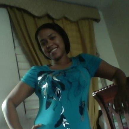 Leandra Diaz Photo 14