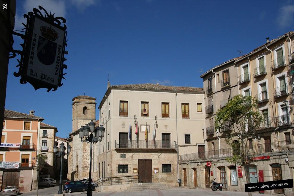 Plaza Mayor y Ayuntamiento de Molina