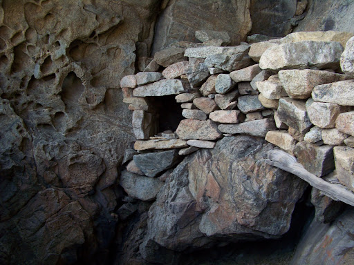 Les aménagements de la grotte de Scaffa