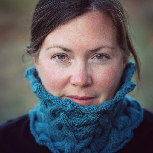 Liz Murphy Photo 30