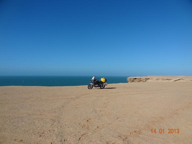 Marrocos e Mauritãnia a Queimar Pneu e Gasolina - Página 5 DSC05844