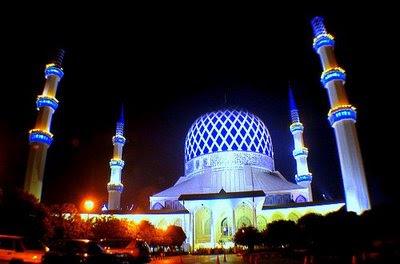 the blue mosque shah alam selangor sultan salahuddin shah mosque malaysia