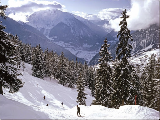 Skiing in the Swiss Alps.jpg
