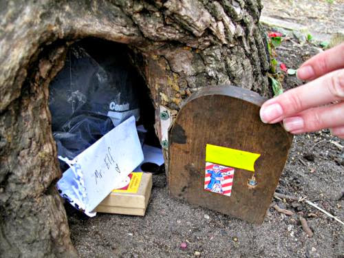 34 New Things Leave A Note At The Lake Harriet Elf House