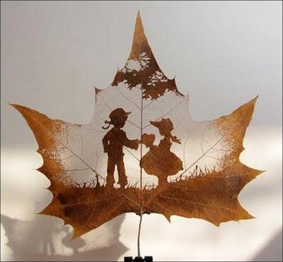 انقش صــورة تحــب الشجــر.. غاية الروعة leaf_painting_art_13
