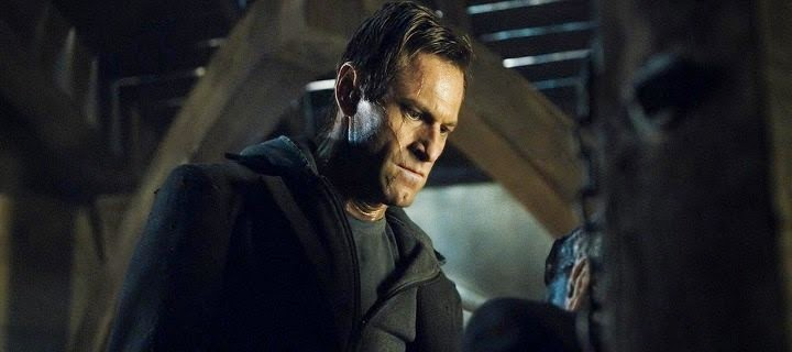 Screen Shot Of Hollywood Movie I, Frankenstein (2014) In Hindi English Full Movie Free Download And Watch Online at Alldownloads4u.Com