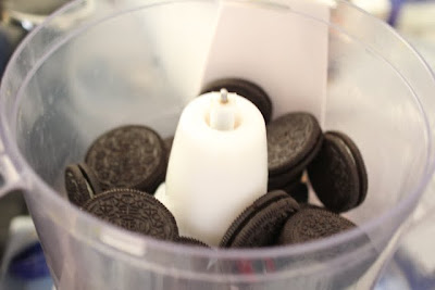 photo of Oreos in a food processor