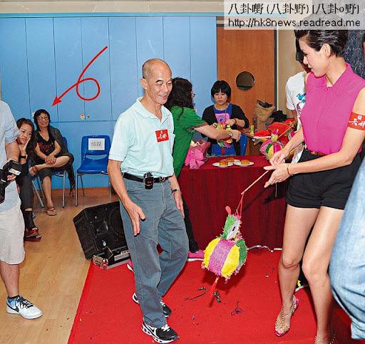 中秋節當日,豪媽陪陳豪出席活動,但主要目的是要見嚇「新抱仔」。