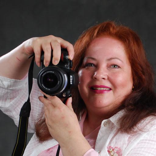 Phyllis Perkins Photo 33