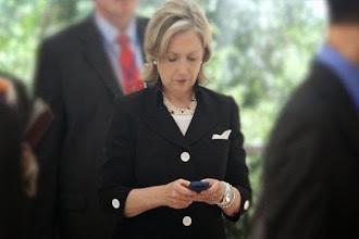 La inteligencia alemana hackeó el móvil de Hillary Clinton