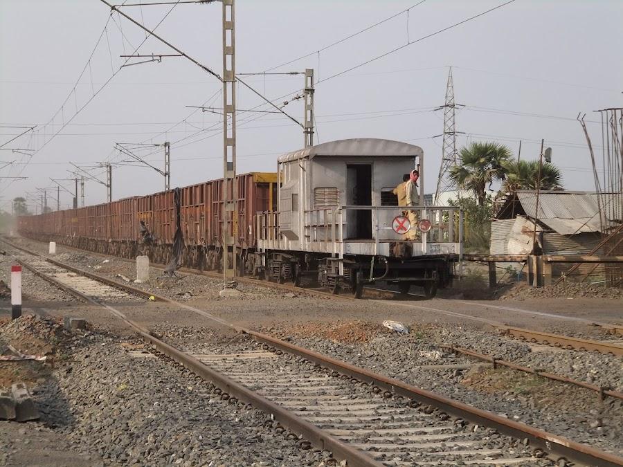 Eisenbahnbilder aus Indien 120408+f+%281047%29