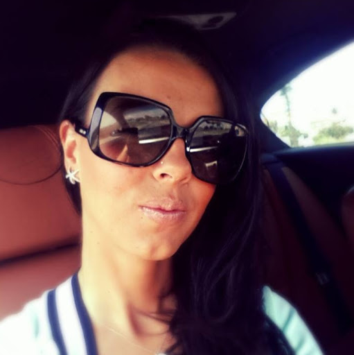 Liliana Vicente Photo 4