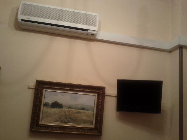 TV y aire acondionado en el Hotel Gran Duque