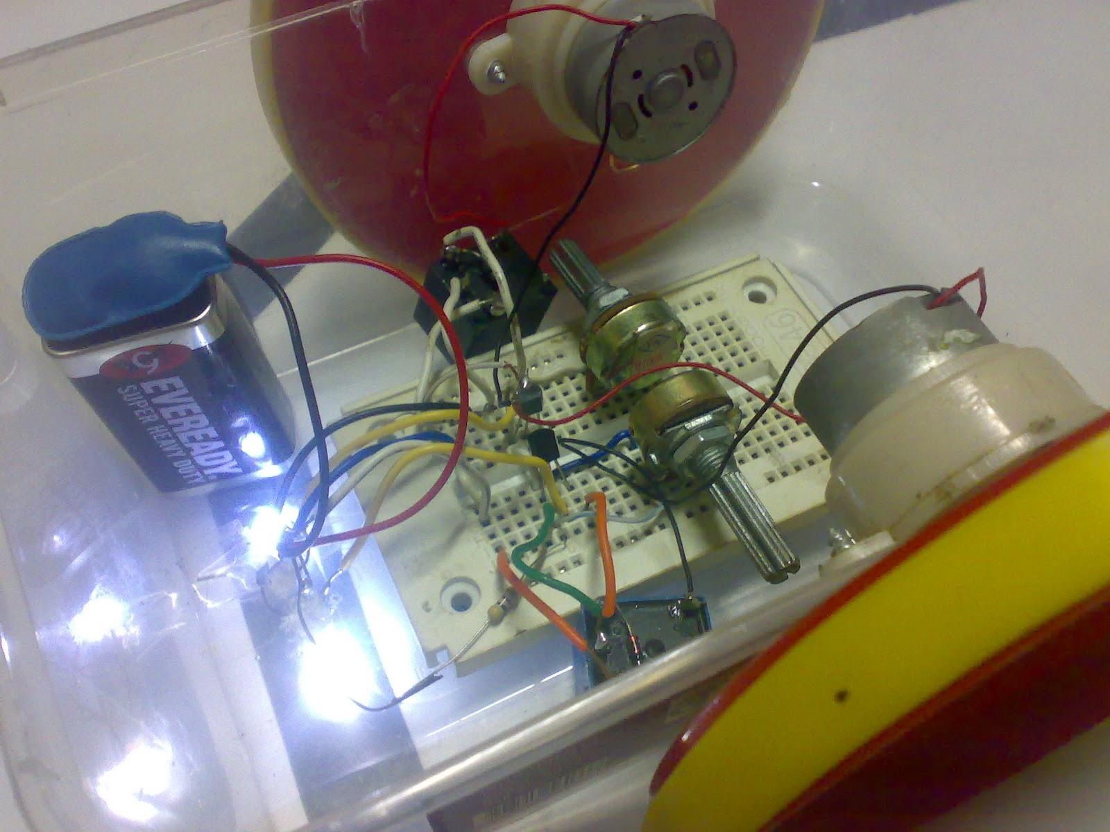 Circuit Desolator 2011 Wallpapers Quiz Buzzer Isometric View Of The Robot