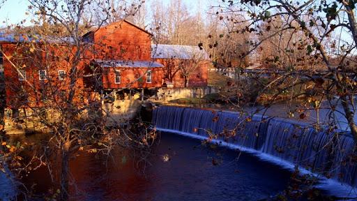 Hurricane Mills, Tennessee.jpg