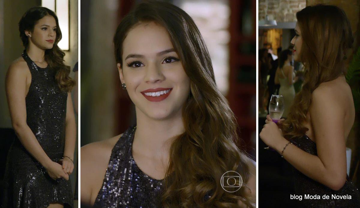 moda da novela Em Família - look da Luiza dia 28 de abril