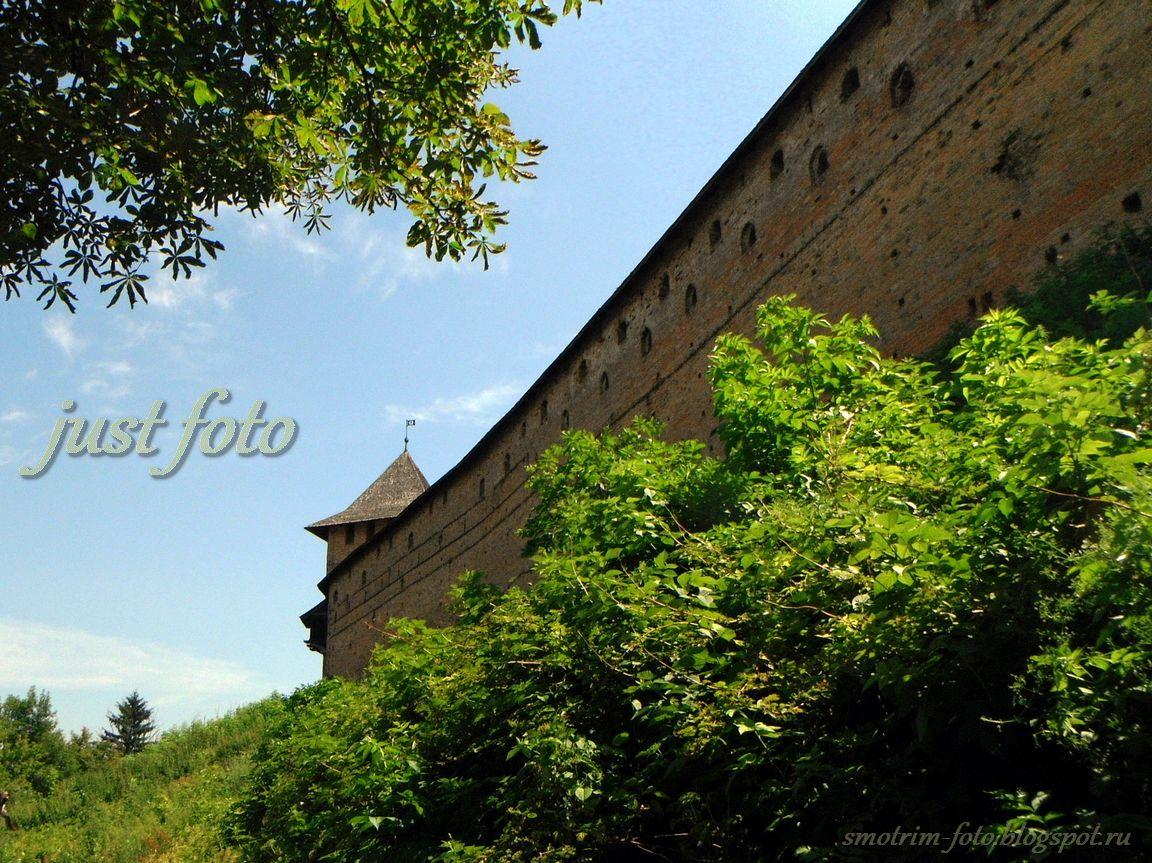 Стены Верхнего замка фото