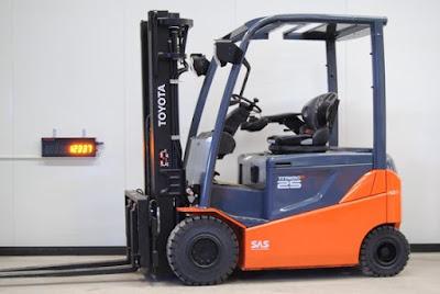 Xe nâng điện Toyota 8FBN20 0934172768