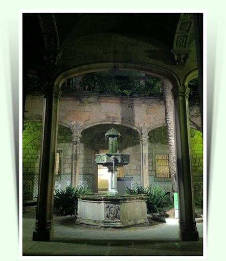 Detall de la Casa de l'Ardiaca (Barcelona)