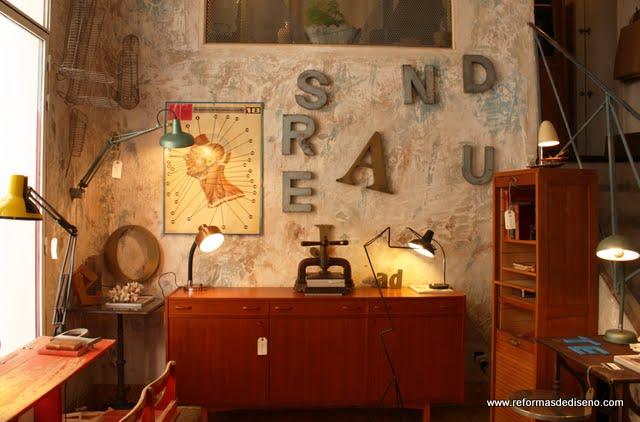 tienda muebles vintage la brocanterie rastro madrid interiorismo decoradores low-cost planos de reformas barato