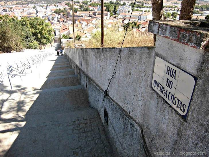 Travel Invento 2013 Rua_do_quebra_costas_Montemoro