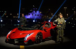 Lamborghini Veneno Roadster makes world premiere in Abu Dhabi