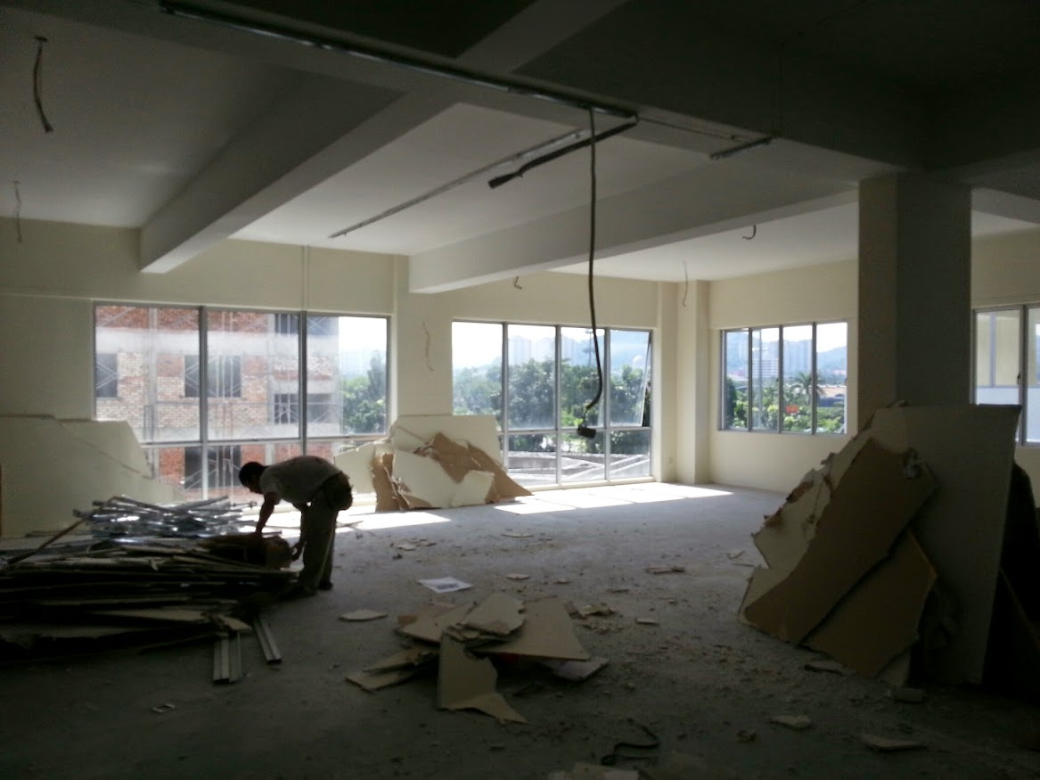 office lot before renovation