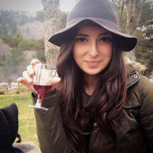 Melike Şengül picture