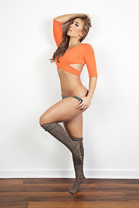 фитнес модель Nicole Mejia