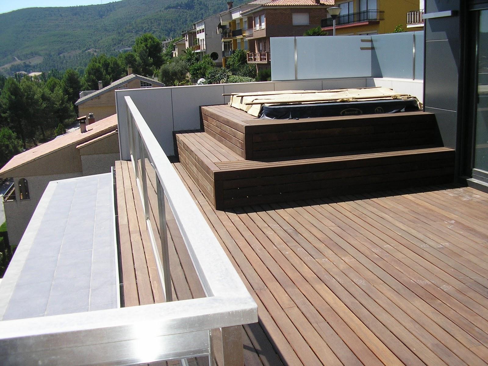 Decks pergolas y parquets flotante en rosario pileta y for Jacuzzi exterior terraza