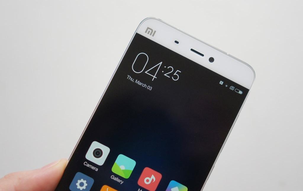 Hình ảnh khui hộp Xiaomi mi5 tại Việt Nam với giá bán trên 10 triệu đồng - 112937