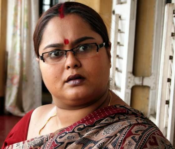 Swatilekha Sengupta Swatilekha Sengupta Photo Gallery Family Photos Latest