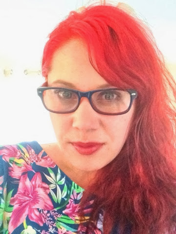 red hair, specs post review