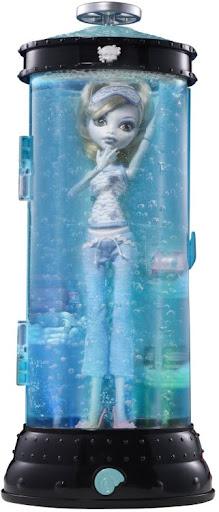 Dead Tired: Lagoona Blue y su cama (una estación hidratadora)