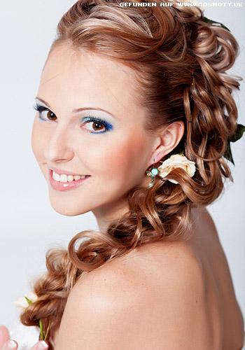 Peinados De Moda Con Trenzas Elegantes - Peinados-ala-moda-2015