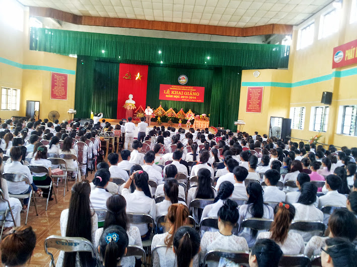 Lễ khai giảng năm học 2013-2014 tại Trường Cao đẳng Sư phạm Yên Bái