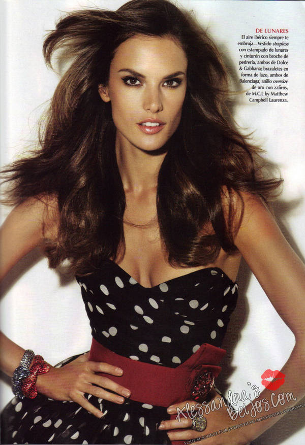 daily BEST:Alessandra Ambrosio Covers Vogue Mexico (December 2010):Glamour