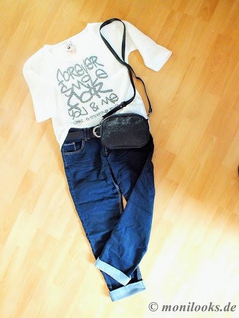 Jeans Fritz bietet im Online-Shop Jeans, und aktuelle Mode und Accessoires  für Damen und Herren sowie Wohnaccessoires an. 37df36767d