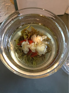 The Exptic Teapot Flowering Tea