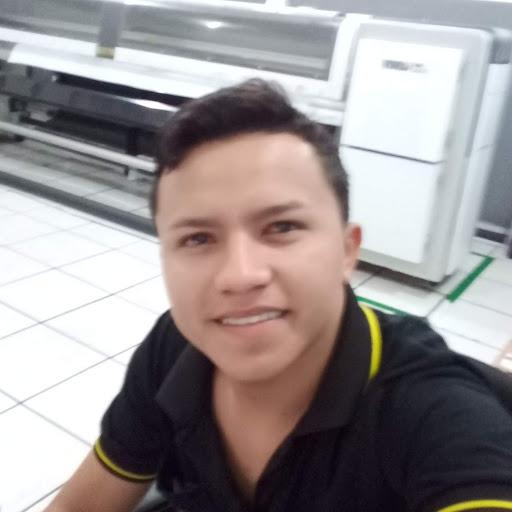 Vinicius Castro M.