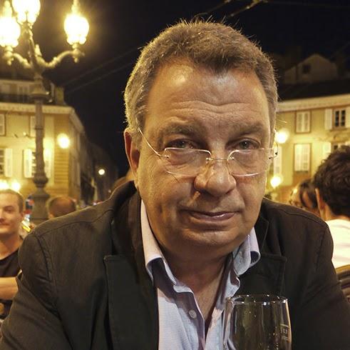 Pierre Menard Photo 41