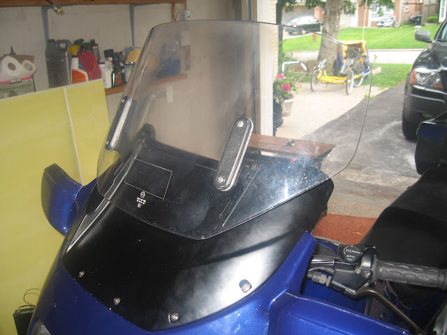 Mounting an electric windshiel on a K100rt 013%2520%25283%2529